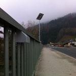 Sieben Einbaustrahler pro Brückenseite