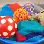 Many types of balls - (c) Flickr user Christina Kessler; https://www.flickr.com/photos/86024504@N05/9832214063/in/photolist-fYQEG8-rdv9iN-bzGPva-bLTL9T-rRbbyP-aTqahi-ctkrK7-cfrWju-cfrVEE-cfrW5G-cirDxd-cfrXKf-cpfxz1-d8Nxk9-cfshWq-8eJUbw-ctkC9y-cfrU7f-cfrUE