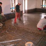 Behebung Unwetterschäden Ryser Beckenried - Betonieren der Bodenplatte
