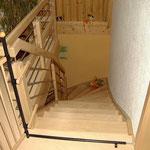 Holztreppe von oben