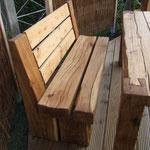 Holzbank aus Eiche mit Schwalbenschwanzverbindung