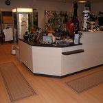 Verkaufstheke im Kleidershop