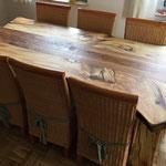 Holztisch mit Eisenbahnschwelle aus Kastanie und Eiche