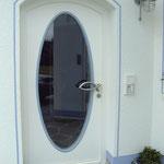 Holz Haustüre mit Ovalem Lichtausschnitt
