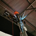 Lutz im Höhenrausch bei der Installation