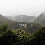 Nebelfetzen zwischen den Bergen - Foto I. Pedal