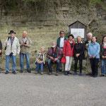 Bildtafel und Aufschluss der Gesteinsschichten im Kraichgau
