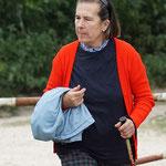 Eine Naturbeobachterin (Foto: Roland Merger)