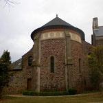 Une chapelle.