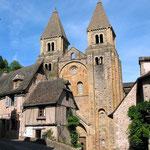 Le porche de l'église Sainte-Foy