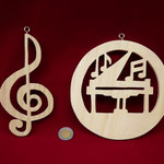 NOTAS MUSICALES EN PINO
