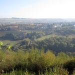 Blick nach Morscheid, im Vordergrund Schloss Marienlay