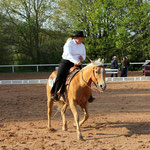 Amateur /Open Reining Gewinnerin Martina Rutz auf Little Miss Sun Fee