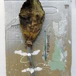 'untitled (Neoandertale whip)', cactus leave, spraypaint, varnish on cardboard, scrap wood, marker, felt, 33 x 48 x 11 cm, 2016