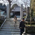 按針ゆかりの浄土寺で無事下山の感謝の参拝
