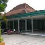 ジョンバン高校モスク