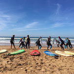 Beginners surfing classes