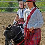 Mit dem Pferd um die Welt - Liesbeth stellt uns das Shetlandpony vor