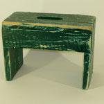 Schemel grün, 2011, Holzobjekt, 23 x 32 x 16 cm, 45,-€