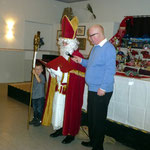 Der Nikolaus hat aufmerksame Zuhörer