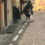 Preparazione di Piazza Cotti per la semifinale con il Montemagno