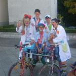 Die CliniClowns beim Stundenlauf in Dornbirn