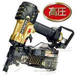 高圧釘打ち機