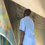 Nachdem ein Relief Afrikas besprochen wurde, geht es nun ans aufschreiben.