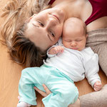 neugeborenen-familien-shooting, familien-shooting, baby-familien-shooting, mama-und-ich, familien-foto-shooting