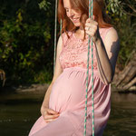 Babybauch, Schwangerschaft, Babybauchfoto, Schwangerschaftsfotografie, Erinnerungen, Mama to be, Erinnerung, Baum, Natur, Draußen, Schaukel, Fluss