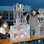 Eisskulptur : Zwei Eisengel