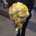 キャスケードブーケ 福井 鯖江 花屋 花ひろ ウェディング ブライダル 結婚式 披露宴 挙式