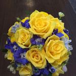 ラウンドブーケ 福井 鯖江 花屋 花ひろ ウェディング ブライダル 結婚式 披露宴 挙式 黄色 ブルー カラフル