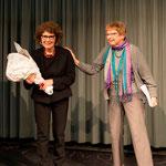 Usula Nakamura dankt Valérie Bolliger für die ganze Organisation des Events     Foto R. Flury