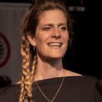 Sonja Riesen, Sängerin