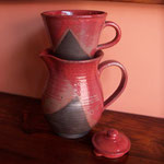 Red Coffee pot & Dripper  Rs,3,000
