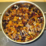 Früchte Kuchen für Fondant Torten - alle Früchte vermengen