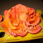 Große Rose aus Blütenpaste