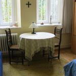 Tisch, Schrank