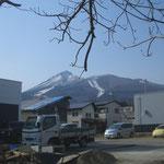 十八間蔵の北側から見える磐梯山