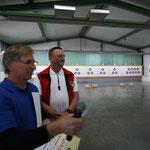 Franz Scherer (li.) und Kamprichter Michael Maier.   ©J. Boos