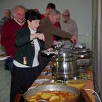 Wichtig!  Essen gab es frei Haus - Rippchen, dünna Brüh und Detsch!  Hatt sehr gut geschmeckt - Dank an die Küche!