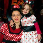 Diese Mini-Mäuse kamen ganz groß raus: Celina Kais (3) aus Neuhaus am Inn fand es ganz toll, dass ihre Mama Lilly (fast) so süß aussah wie sie selbst. Weil das Mini-Maus-Kostüm im Laden nur in großen Größen zu kriegen war, hatte Lilly für ihre kleine Maus