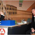 Bei der Agentur für Arbeit wurde nach Ersatz für die frei gewordenen Stelle bei den Pockinger Buam gesucht. Andreas Hasch (l.) und Alexander Kretschmer waren in Aktion.