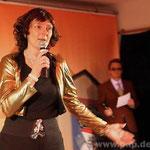 Hitparade mit Dieter-Thomas Heck (Martin Eichlseder) und Marianne Rosenberg (Anita Ramsauer).