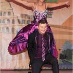 Da war der Show-Walzer geschafft: das Prinzenpaar Jennifer I. und Kevin I.  −Fotos: Eckelt/rogerimages.de