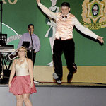Ein klasse Tanzpaar: Beim Showtanz des Prinzenpaares setzte Sergej I. zu einem weiten Sprung an.