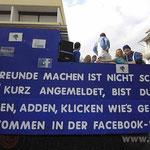 Furore macht das soziale Netzwerk Facebook auch im Fasching. Mehrere Wagen trugen dieses Motto.