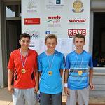 Die Marathon-Jungs! Kein Spiel dauerte weniger als zwei Stunden. Sieger Bastian Schulz (Mitte) vom FC Geldersheim spielte insgesamt 5 Stunden!!!