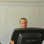 Christina auf dem Laufband…